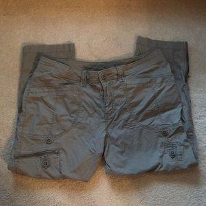 Woolrich Women's Khaki Capri Pants
